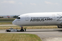 A350_FLT_tow_1
