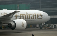 Emirates_777300_nose