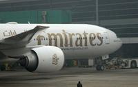 Emirates_777300_nose