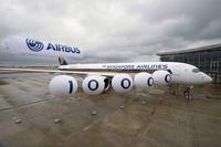 SIA_A350_10k_airbus_3