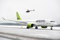 airbaltic_CS300_Riga_1