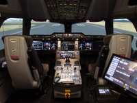 A350FFS_in_sim_Miami_1