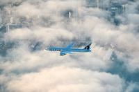 Qatar_777_Auckland_ilmassa