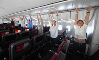 Qantas_100_jumppa