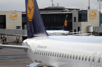 Lufthansa_tails